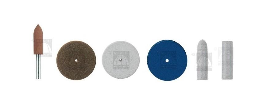 Silicone polishers for pre-polishing