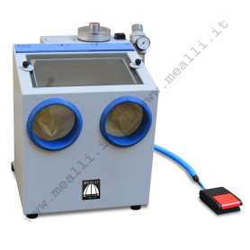 Microsandblaster with recycle system