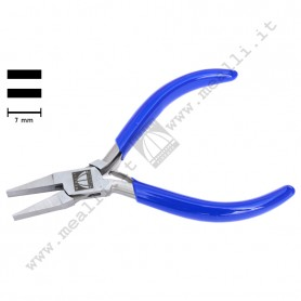 Flat Nose Plain Jaws Plier